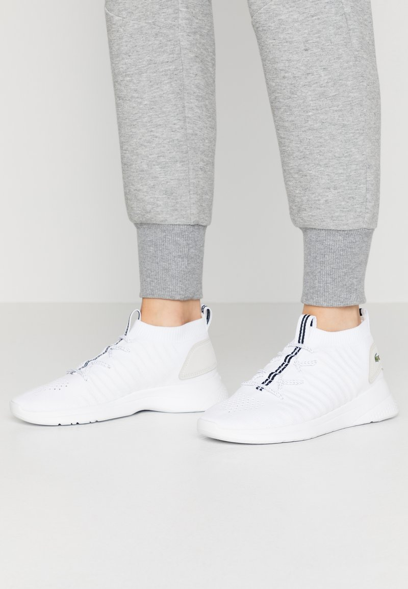 Lacoste - LT FIT-FLEX  - Baskets basses - white