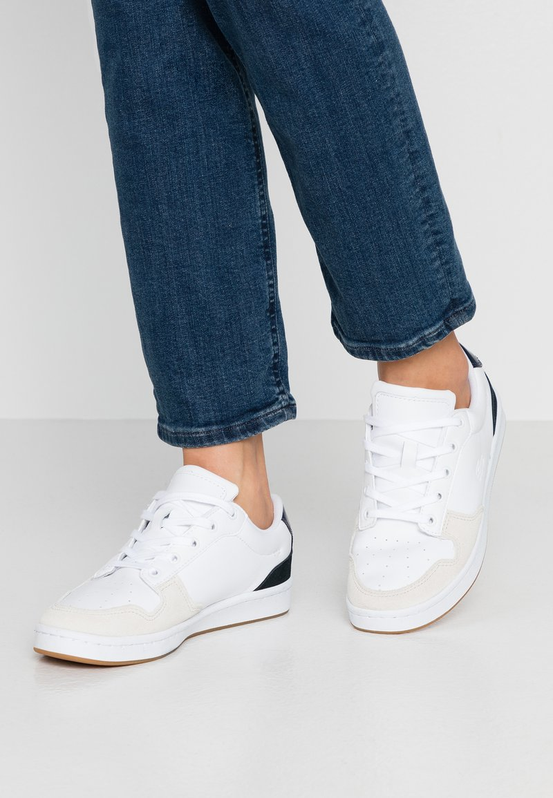 Lacoste - MASTERS CUP  - Baskets basses - white/black