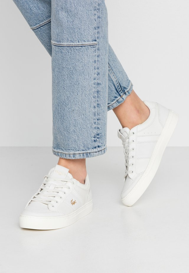 COURTLINE - Sneakers laag - offwhite