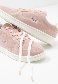 Lacoste - MASTERS CUP - Trainers - natural/offwhite - 7