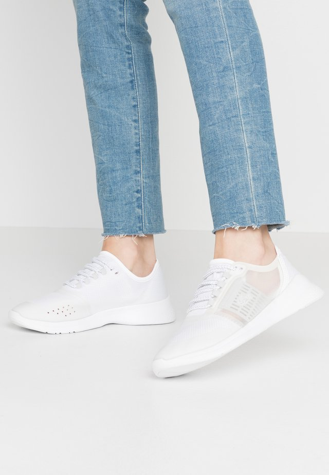 FIT - Sneakers - white/light grey
