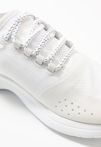 Lacoste - FIT - Trainers - white/light grey - 2
