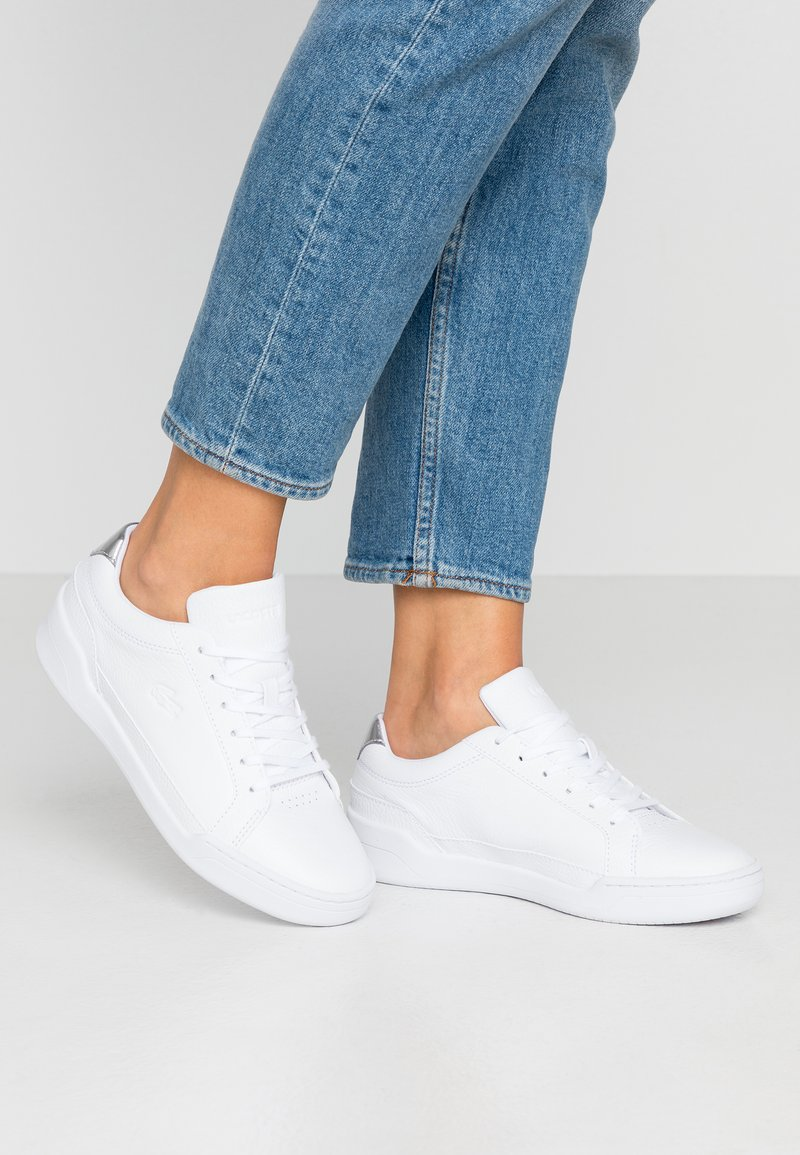 Lacoste - CHALLENGE 120 - Baskets basses - white/silver