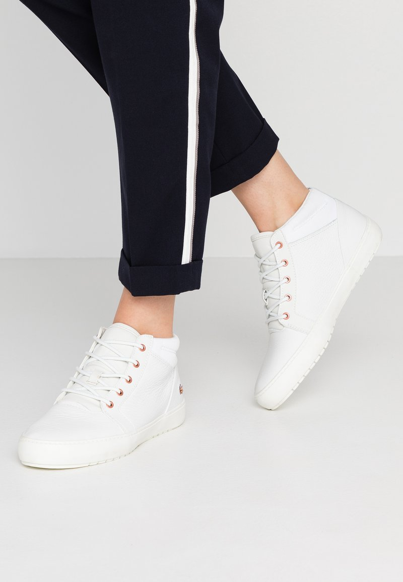 Lacoste - AMPTHILL - Sneakers hoog - offwhite