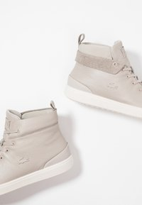 Lacoste - EXPLORATEUR CLASSIC - Sneaker high - grey/offwhite - 7