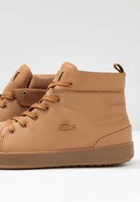 Lacoste - Sneaker high - light brown - 7