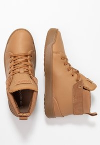 Lacoste - Sneaker high - light brown - 3