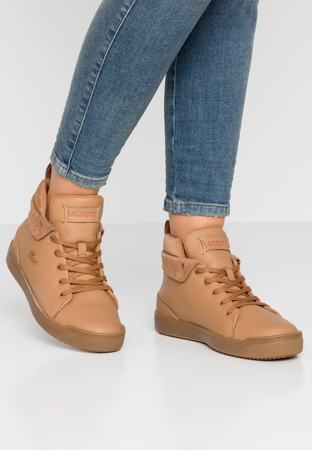 Sneakers high - light brown