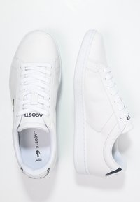 Lacoste - CARNABY - Sneakers laag - white - 2
