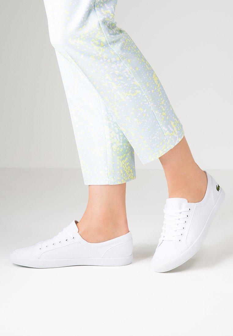 Lacoste - LANCELLE - Sneakersy niskie - white
