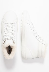 Lacoste - Sneaker high - offwhite - 3