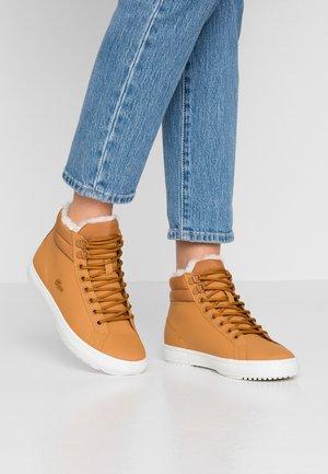 Sneakers alte - tan/offwhite