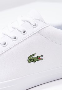 Lacoste - LEROND BL 2 CAM  - Sneakersy niskie - white - 5