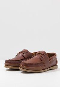 Lacoste - NAUTIC - Chaussures bateau - tan - 2