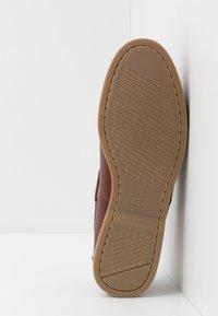 Lacoste - NAUTIC - Chaussures bateau - tan - 4