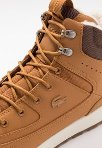 Lacoste - URBAN BREAKER - Zapatillas altas - tan/brown - 5