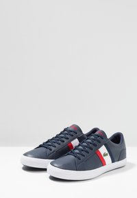 Lacoste - LEROND - Baskets basses - navy/white/red - 2