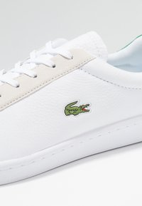 Lacoste - MASTERS - Sneakersy niskie - white/green - 5