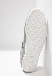 Lacoste - CHAYMON - Sneakers basse - grey/dark grey - 4
