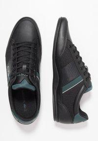Lacoste - CHAYMON - Sneakers laag - black/dark green - 1