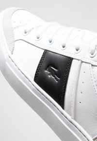 Lacoste - COURTLINE - Trainers - white/black - 5