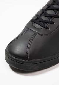 Lacoste - MASTERS - Trainers - black - 5