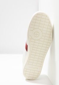 Lacoste - CARNABY EVO - Joggesko - white/dark red - 4