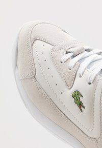 Lacoste - V-ULTRA - Sneakers laag - white - 5
