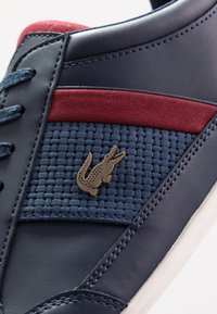 Lacoste - CHAYMON - Sneakersy niskie - navy/dark red - 5
