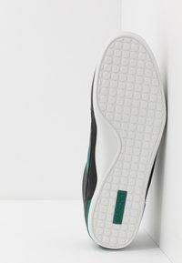 Lacoste - CHAYMON - Matalavartiset tennarit - black/green - 4