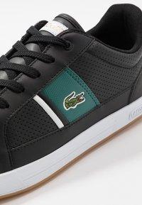 Lacoste - EUROPA - Sneakersy niskie - black/green - 5