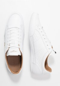 Lacoste - CHAYMON - Sneakers - white/gold - 1