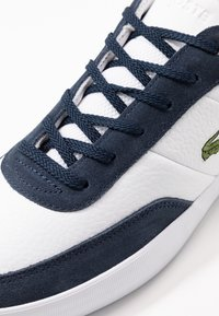 Lacoste - COURT MASTER - Sneakers - white/navy - 5