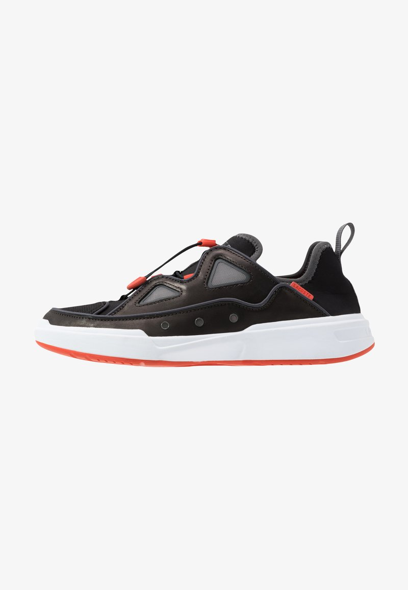 Lacoste - GENNAKER - Sneakers - black/orange