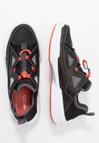 Lacoste - GENNAKER - Sneakers - black/orange - 1