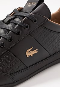 Lacoste - CHAYMON - Zapatillas - black/gold - 5