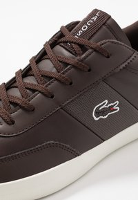 Lacoste - COURT MASTER - Trainers - dark brown/offwhite - 5