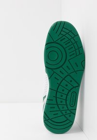 Lacoste - T-CLIP - Tenisky - white/green - 4