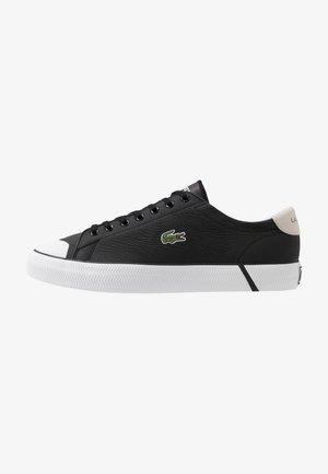 GRIPSHOT - Sneakers basse - black/offwhite