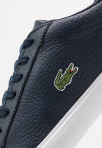 Lacoste - LEROND - Sneakers laag - navy/white - 5
