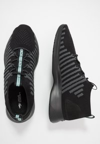 Lacoste - FIT FLEX - Trainers - black/light green - 1