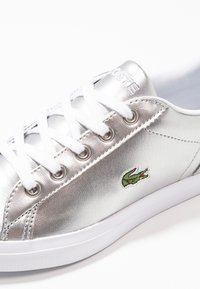 Lacoste - LEROND - Trainers - silver/white - 2