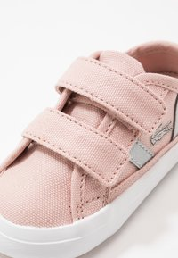 Lacoste - SIDELINE - Trainers - natural/white - 2