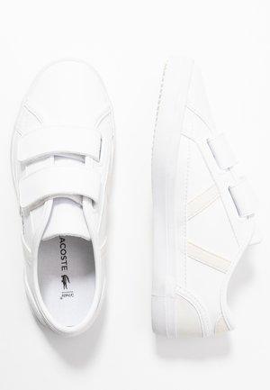 SIDELINE 120 - Zapatillas - white/offwhite