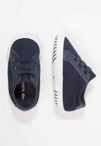 Lacoste - L.12.12 CRIB - Chaussons pour bébé - navy/white - 0