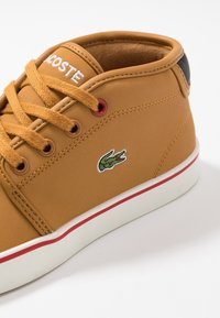 Lacoste - AMPTHILL THERMO - Sneakers high - tan/black - 2