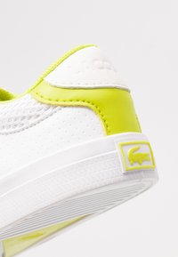 Lacoste - COURT MASTER  - Trainers - white/yellow - 2