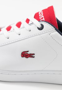 Lacoste - CARNABY EVO - Trainers - white/red - 2