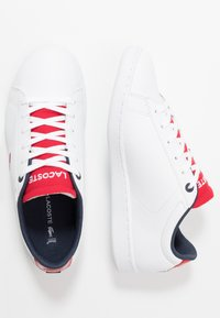 Lacoste - CARNABY EVO - Trainers - white/red - 0