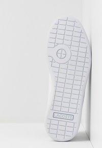 Lacoste - CARNABY EVO 120 - Zapatillas - white/green - 5